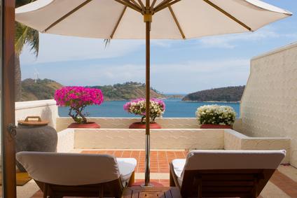Sonnenschutz Balkon mit Sonnenschirm