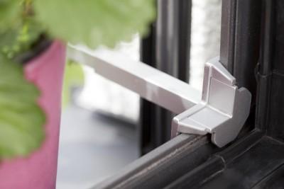 Blumenkastenhalterung für Fenster ohne bohren von innen