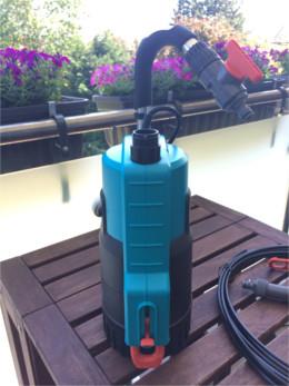 Automatisches Bewässerungssystem für den Balkon Pumpe Gardena 4000 2 automatic rückansicht