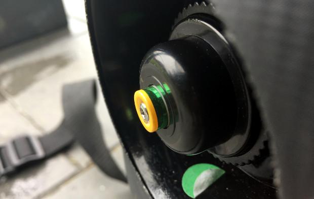 Aufblasbarer Outdoor Whirlpool von Miweba MSpa Alpine Delight Druckregulierer