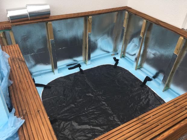 ▷ Aufblasbarer Outdoor Whirlpool auf Terrasse/Balkon mit ...