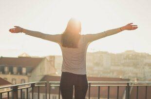 5 Ideen, um Balkon oder Terrasse in eine echte Wohlfühloase zu verwandeln